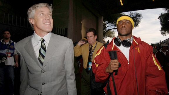 Pete Carroll S Defense Of Usc Exit Doesn T Add Up Sportsnaut