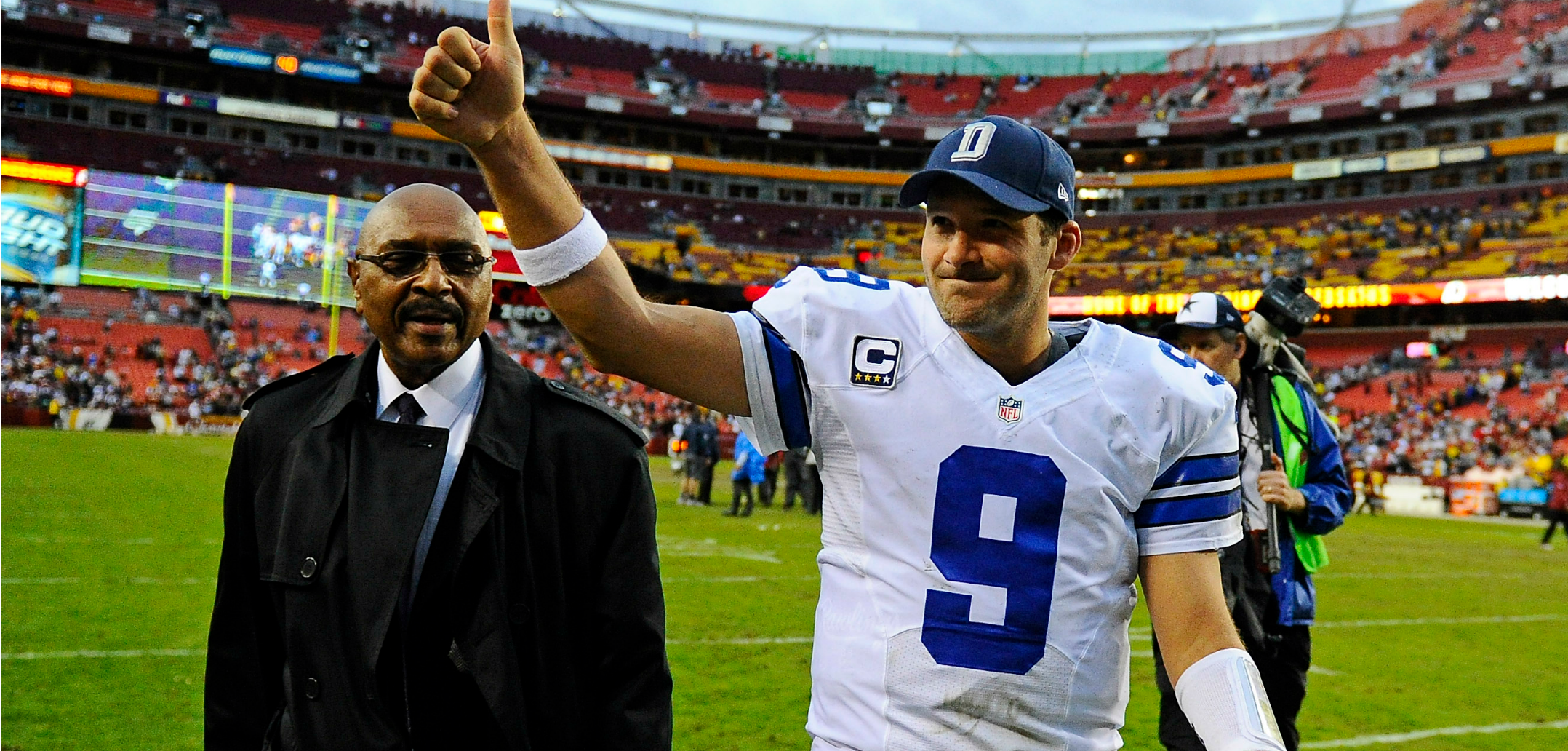 Courtesy of USA Today: Out of pure necessity, Romo is going to have a huge game.