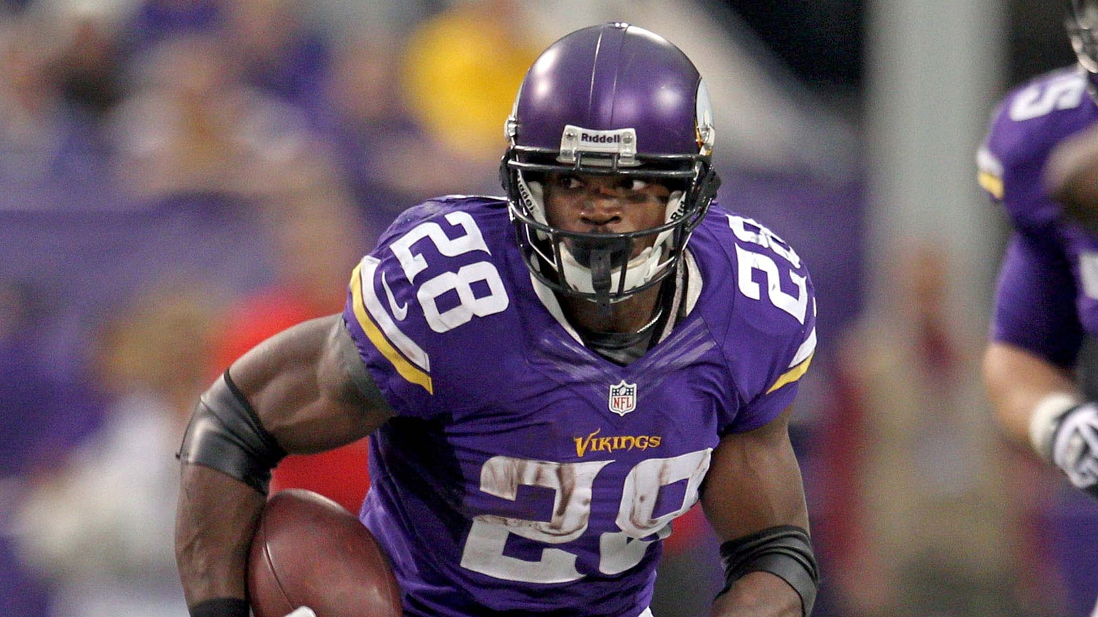 Do fans around the NFL feel Peterson should be allowed back? Courtesy - foxsports.com