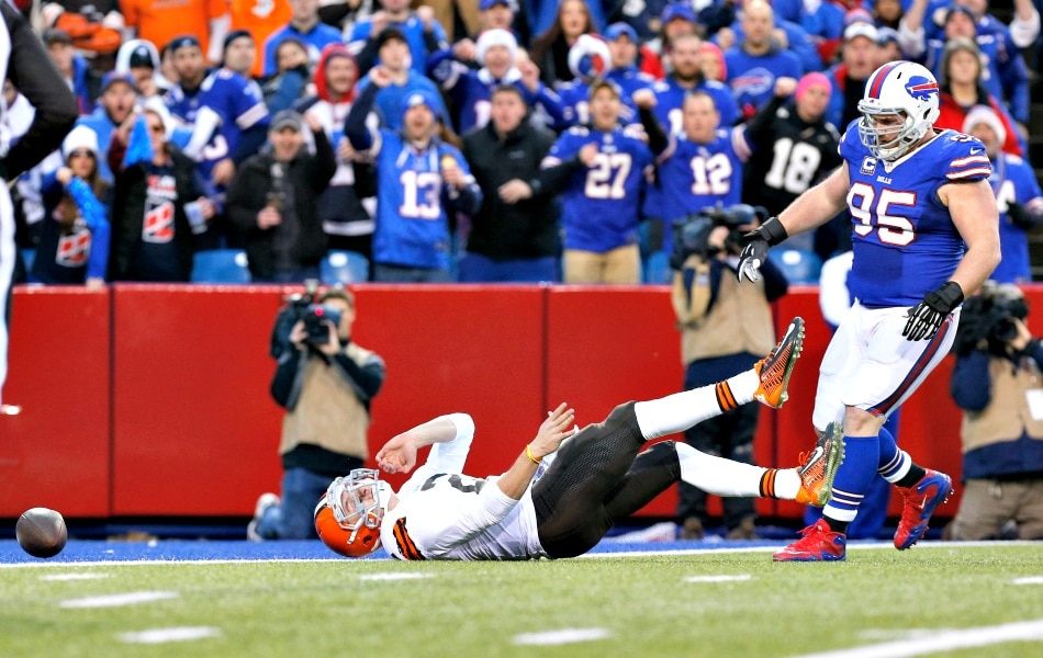 Photo: USA Today; This is the affect Kyle Williams has on opposing quarterbacks...