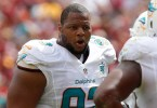 Sep 13, 2015; Landover, MD, USA; Miami Dolphins defensive tackle Ndamukong Suh (93) yells to teammates on the field against the Washington Redskins at FedEx Field. Mandatory Credit: Geoff Burke-USA TODAY Sports