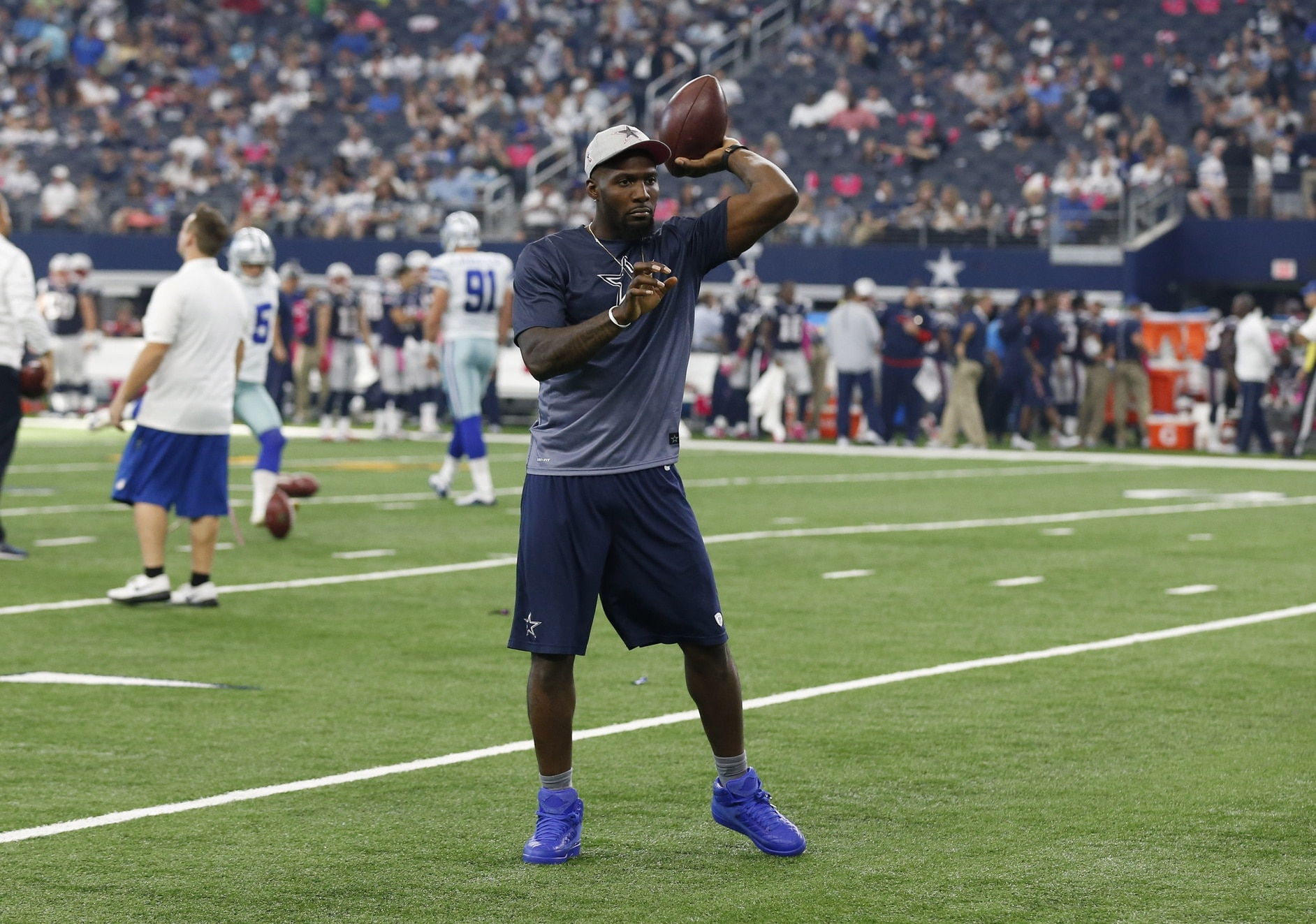 Dez Bryant Praises Oklahoma State Learning Specialist He