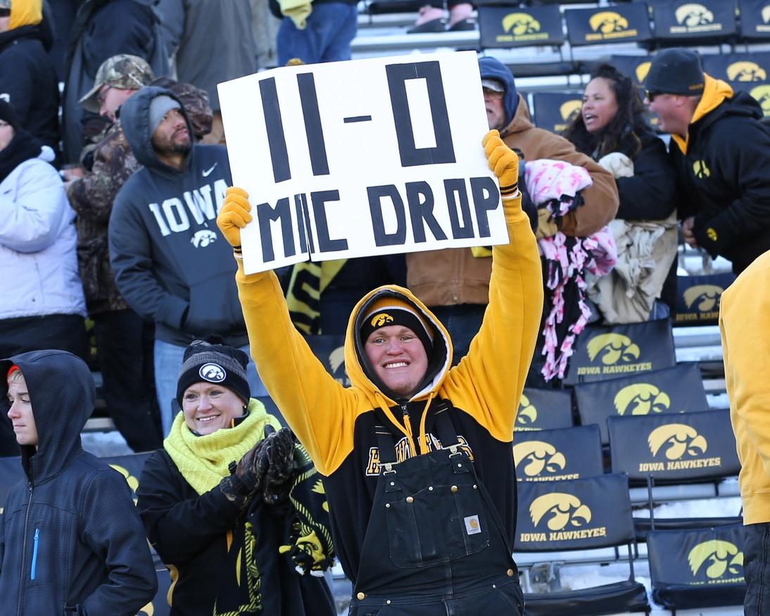 Iowa Football 11-0