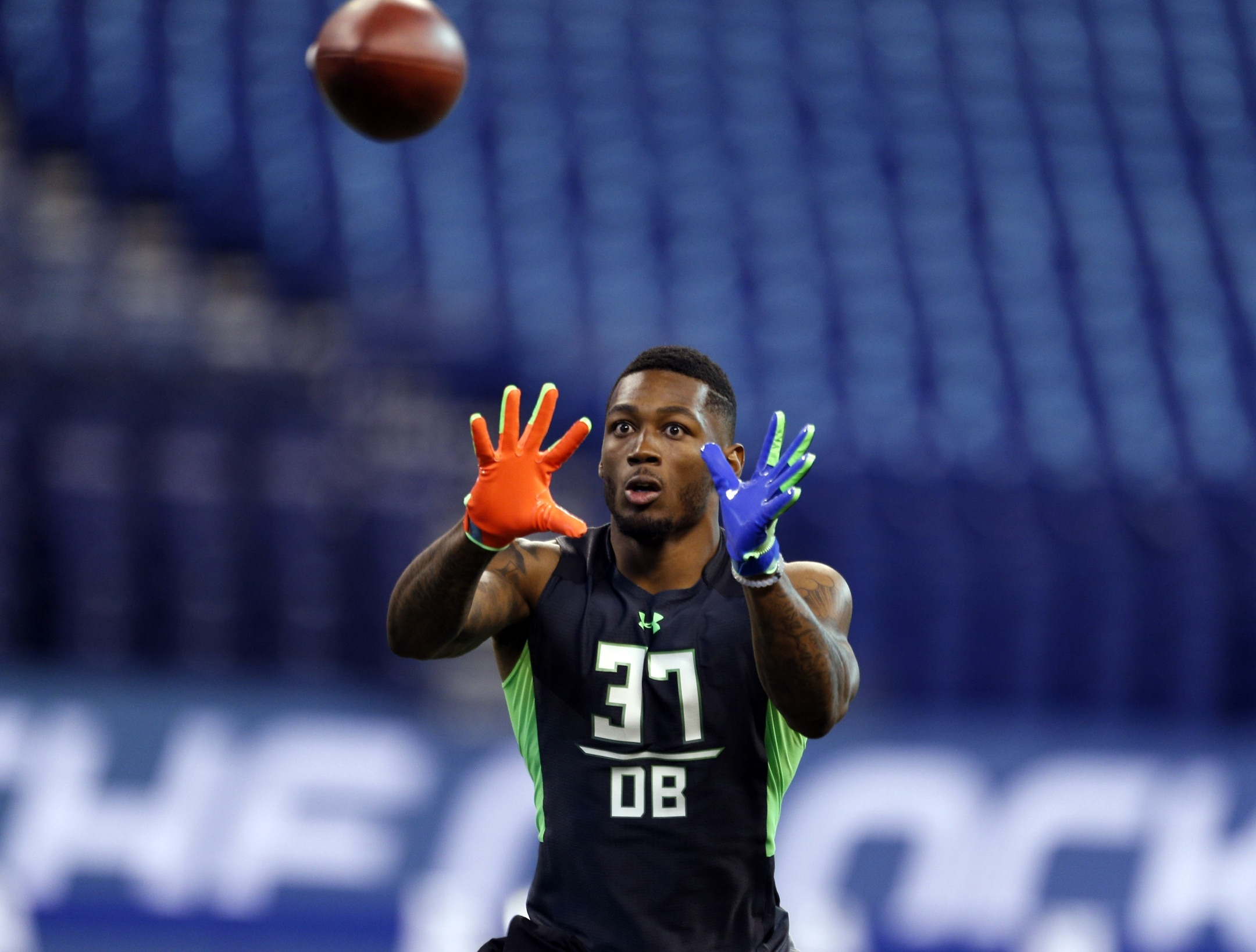 51d579d4156 Feb 29, 2016; Indianapolis, IN, USA; Louisiana State Tigers defensive back Jalen  Mills goes through a workout drill during the 2016 NFL Scouting Combine at  ...