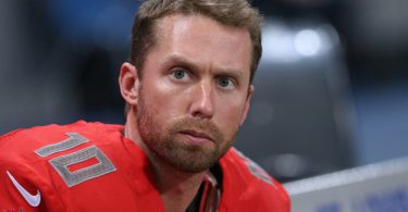 Dec 17, 2015 St. Louis, MO, USA; Tampa Bay Buccaneers kicker Connor Barth (10) against the St. Louis Rams at the Edward Jones Dome. The Rams won 31-23. Mandatory Credit: Aaron Doster-USA TODAY Sports