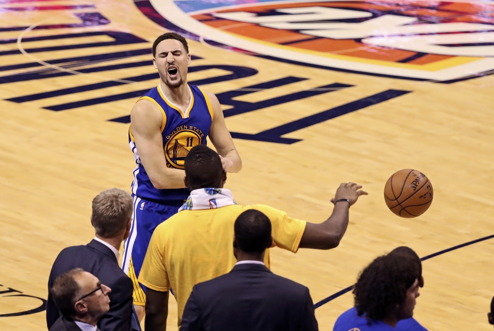 Report  Klay Thompson signs 10-year b5133a9a4