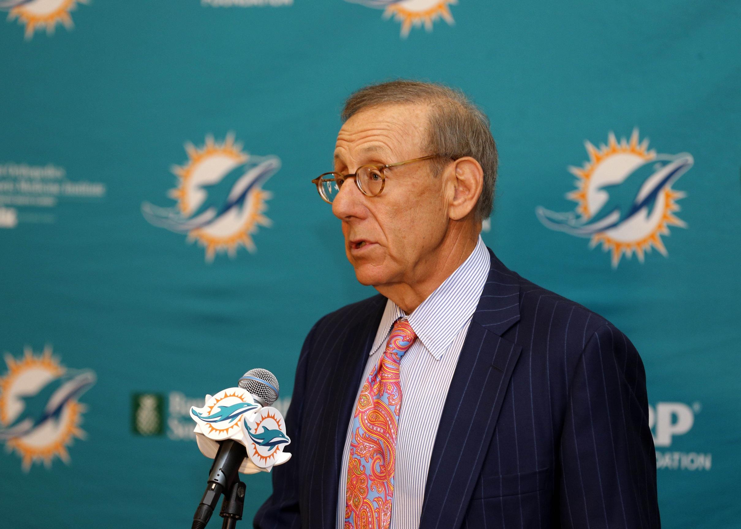 Dolphins owner Stephen Ross