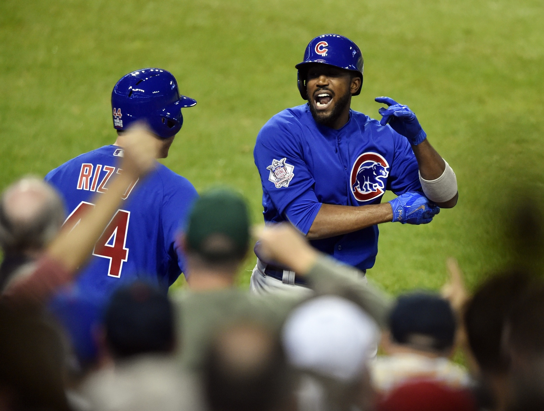 big sale c77aa 749de Dexter Fowler gets World Series ring from Cubs, promptly ...