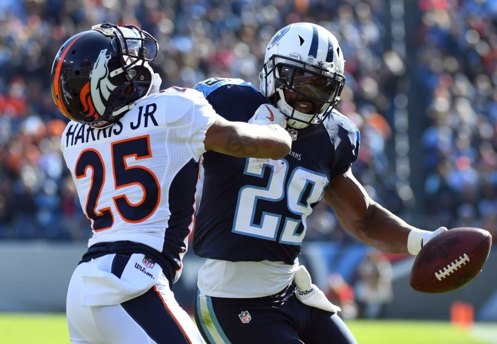 Demarco Mjurray takes on Chris Harris