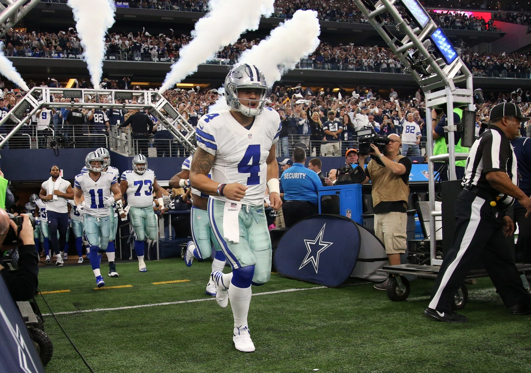 info for c37f5 62927 Dak Prescott beats Tom Brady, Cowboys dominate NFL jersey sales