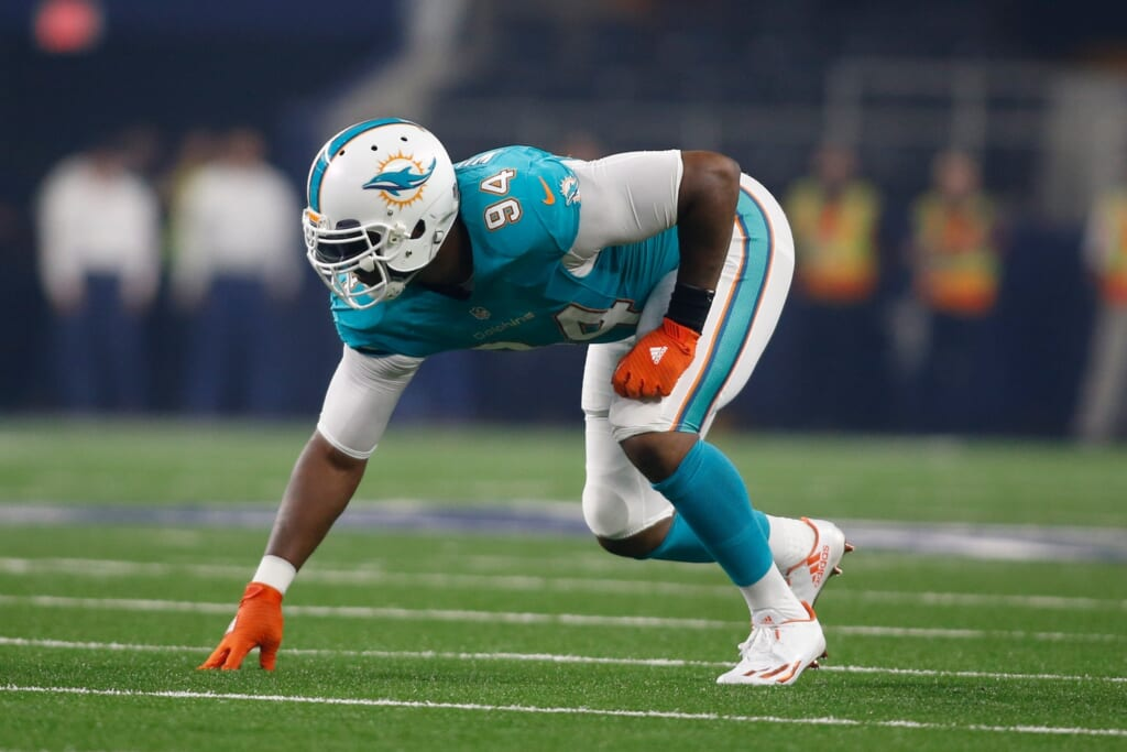 Aug 19, 2016; Arlington, TX, USA; Miami Dolphins defensive end Mario Williams (94) in game action against the Dallas Cowboys at AT&T Stadium. Dallas won 41-14. Mandatory Credit: Tim Heitman-USA TODAY Sports