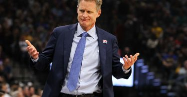 Feb 4, 2017; Sacramento, CA, USA; Golden State Warriors head coach Steve Kerr during the first quarter against the Sacramento Kings at Golden 1 Center. Mandatory Credit: Sergio Estrada-USA TODAY Sports