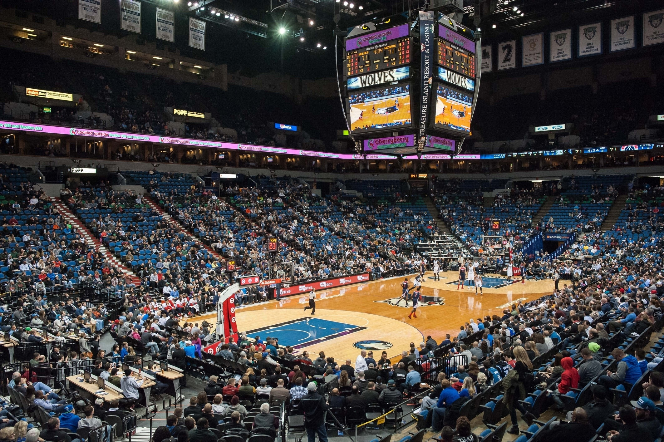 Trail Blazers vs. Timberwolves, Target Center