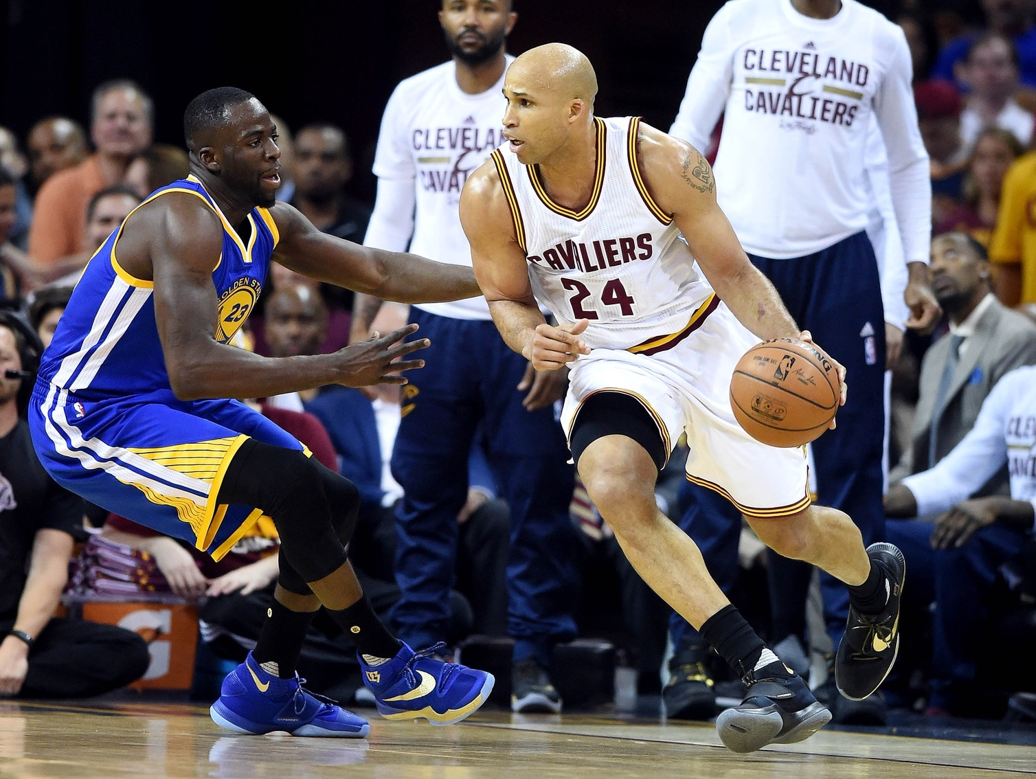 Jun 10, 2016; Cleveland, OH, USA; Cleveland Cavaliers forward Richard Jefferson (24) drives to the basket against Golden State Warriors forward Draymond Green (23) during the first quarter in game four of the NBA Finals at Quicken Loans Arena. Mandatory Credit: Ken Blaze-USA TODAY Sports