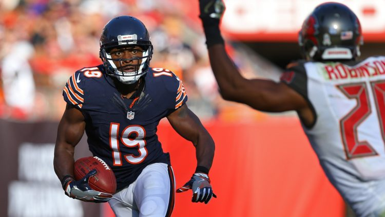 Nov 13, 2016; Tampa, FL, USA; Chicago Bears wide receiver Eddie Royal (19) against the Tampa Bay Buccaneers at Raymond James Stadium. The Buccaneers won 36-10. Mandatory Credit: Aaron Doster-USA TODAY Sports
