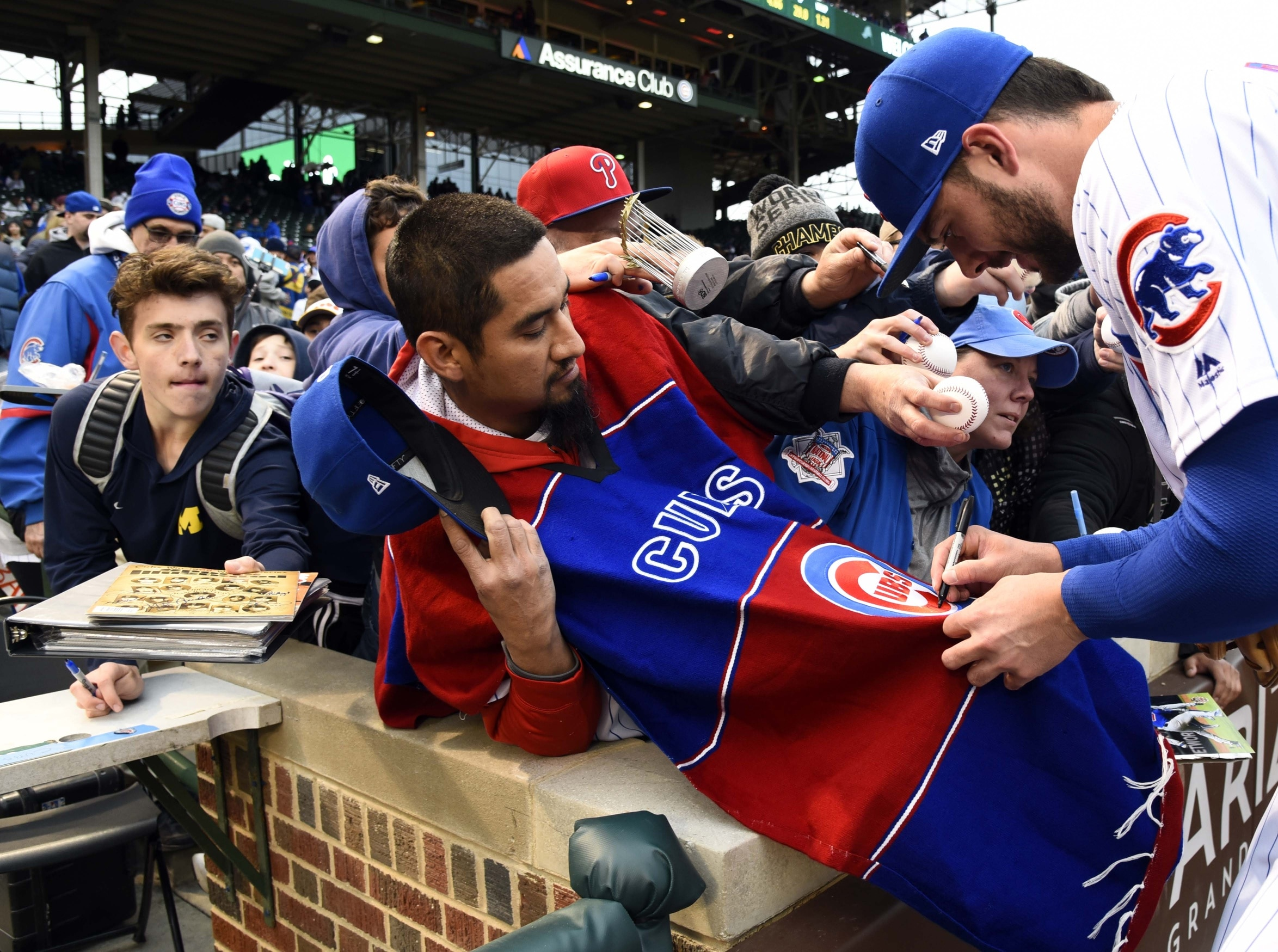 Kris Bryant is one of over 1,000 MLB players who are interacting with fans via Infield Chatter