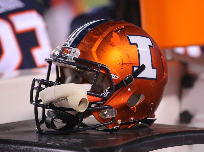 Illinois football program in hot water as three players arrested for armed robbery