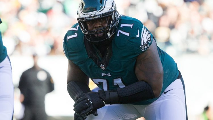 The Eagles have signed Jason Peters to an extension.