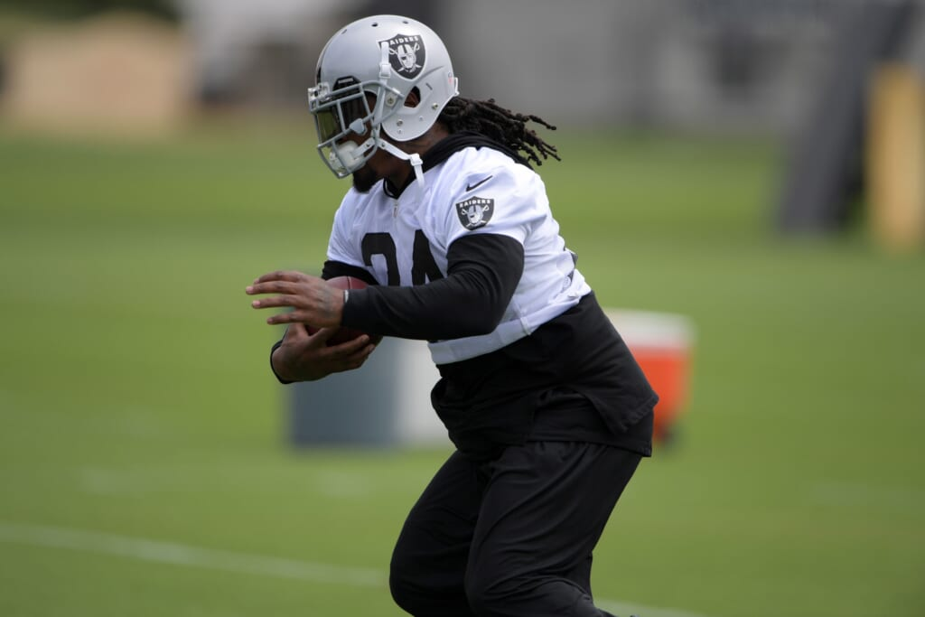 Can Marshawn Lynch help lead his Raiders to the Super Bowl?