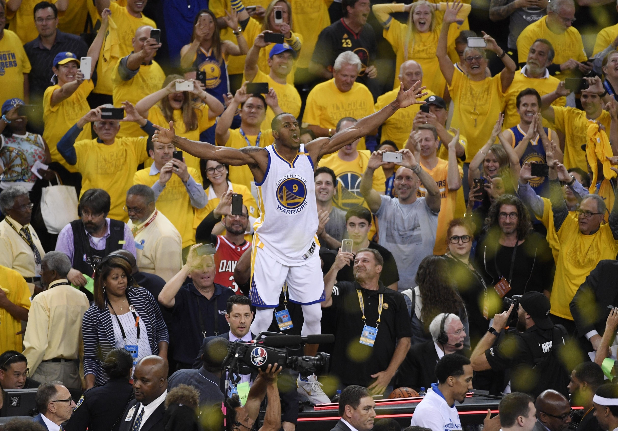 the latest 3fc7b 19564 Warriors announce Andre Iguodala No. 9 jersey will be retired