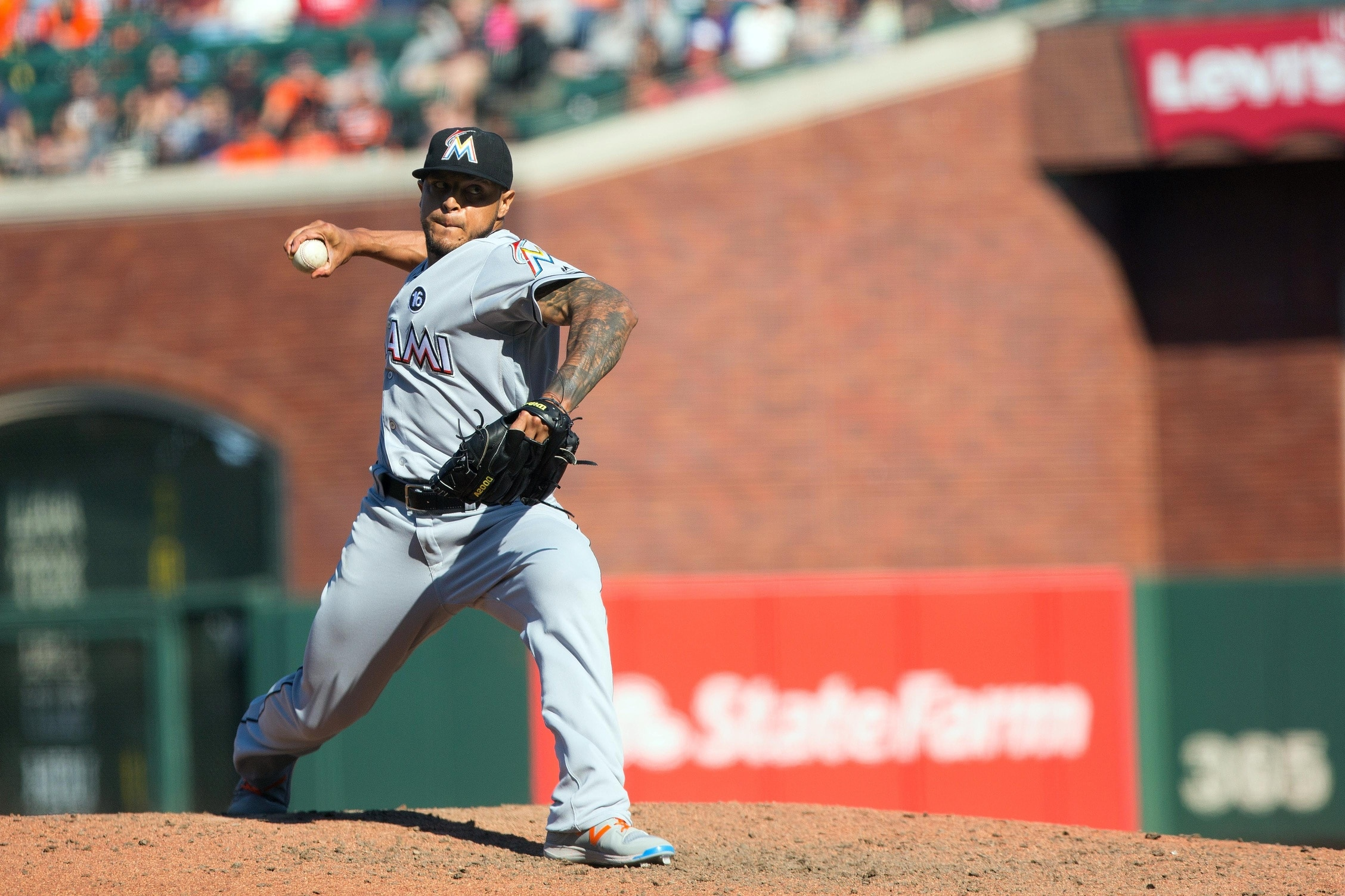 Marlins trade A.J. Ramos to the Mets.