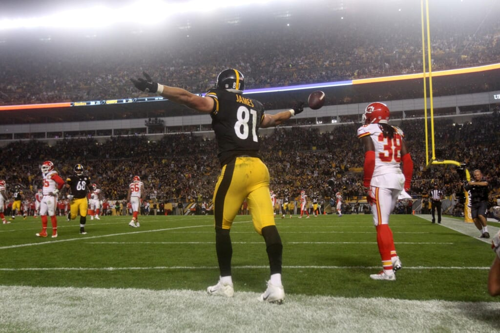 Steelers TE Jesse James looks on the verge of breaking out.