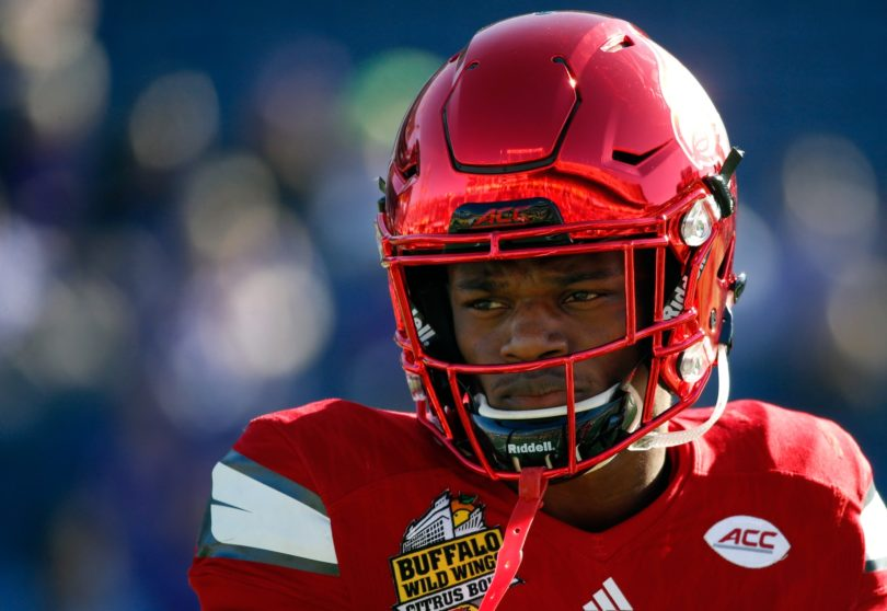 Cardinals quarterback Lamar Jackson has a lot of pressure on his shoulders heading into college football Week 1