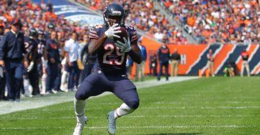 Bears rookie running back Tarik Cohen impressed in NFL Debut.