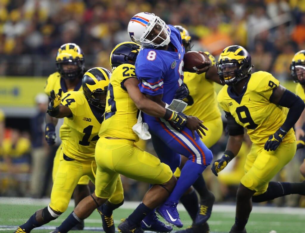 Florida quarterback Malik Zaire crushed by Michigan defense