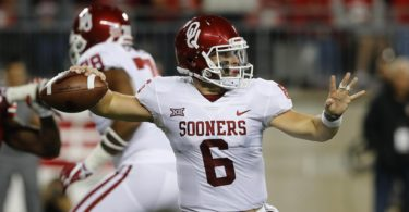 Oklahoma Sooners quarterback Baker Mayfield in college football Week 2