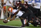 Clemson quarterback Kelly Bryant scores against Louisville in college football Week 3