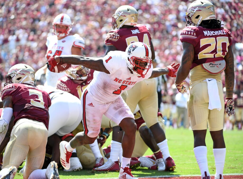 NC State running back Jaylen Samuels scores a touchdown against Florida State
