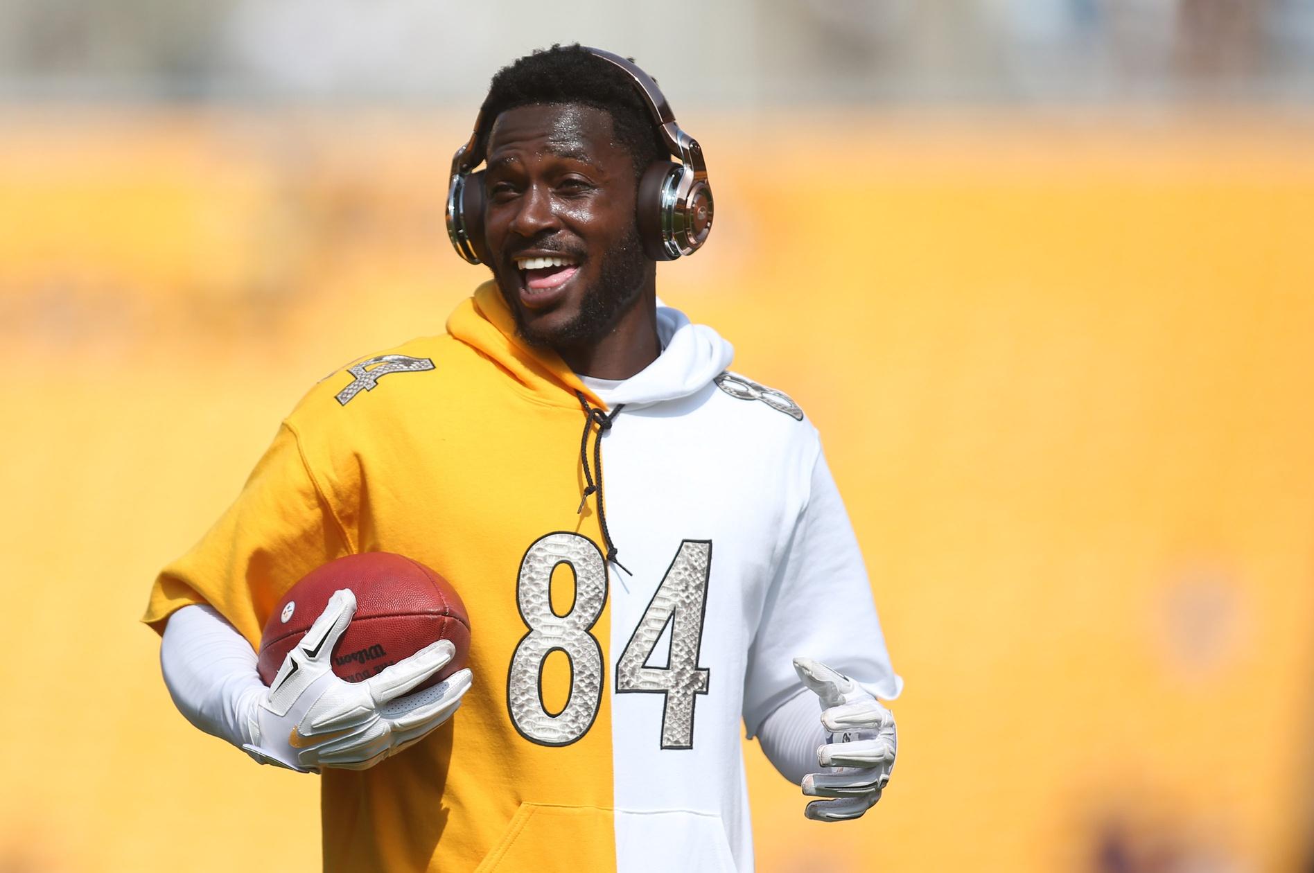 48140e37582 Steelers  Antonio Brown drops  200
