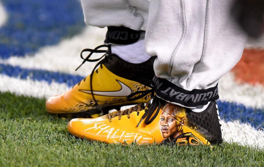 Ryan Shazier shoes