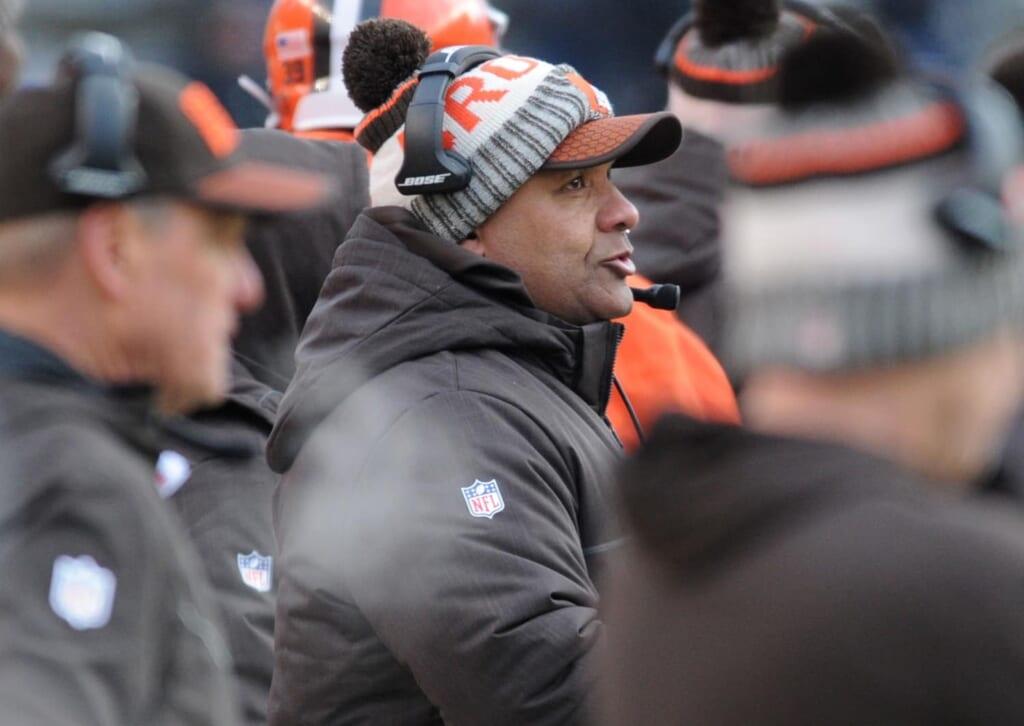 Browns head coach Hue Jackson