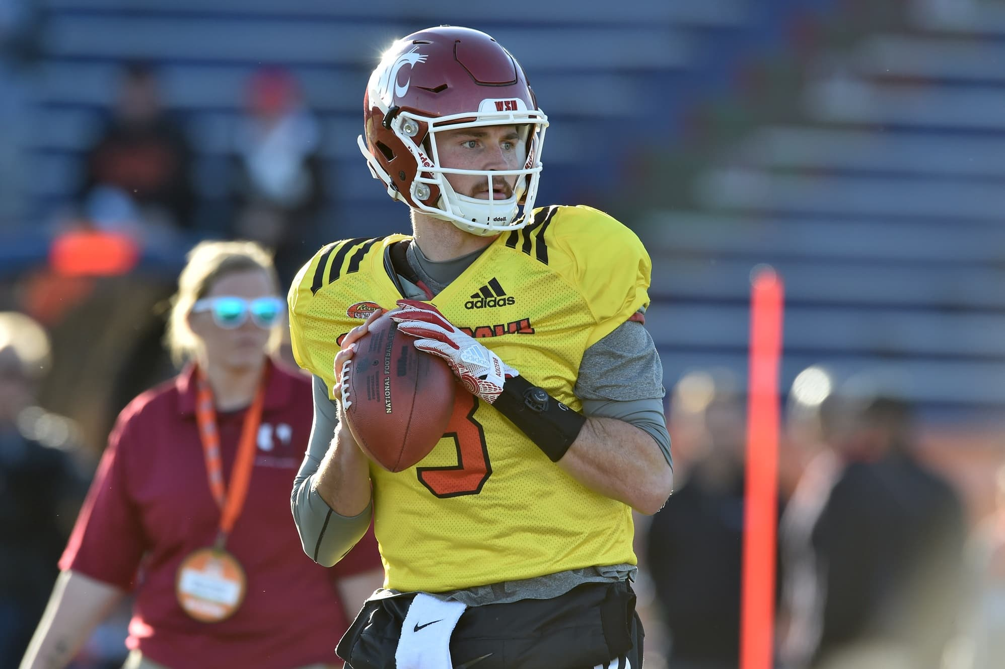 newest faf01 1fba5 Luke Falk pulls out of Senior Bowl to attend Tyler ...