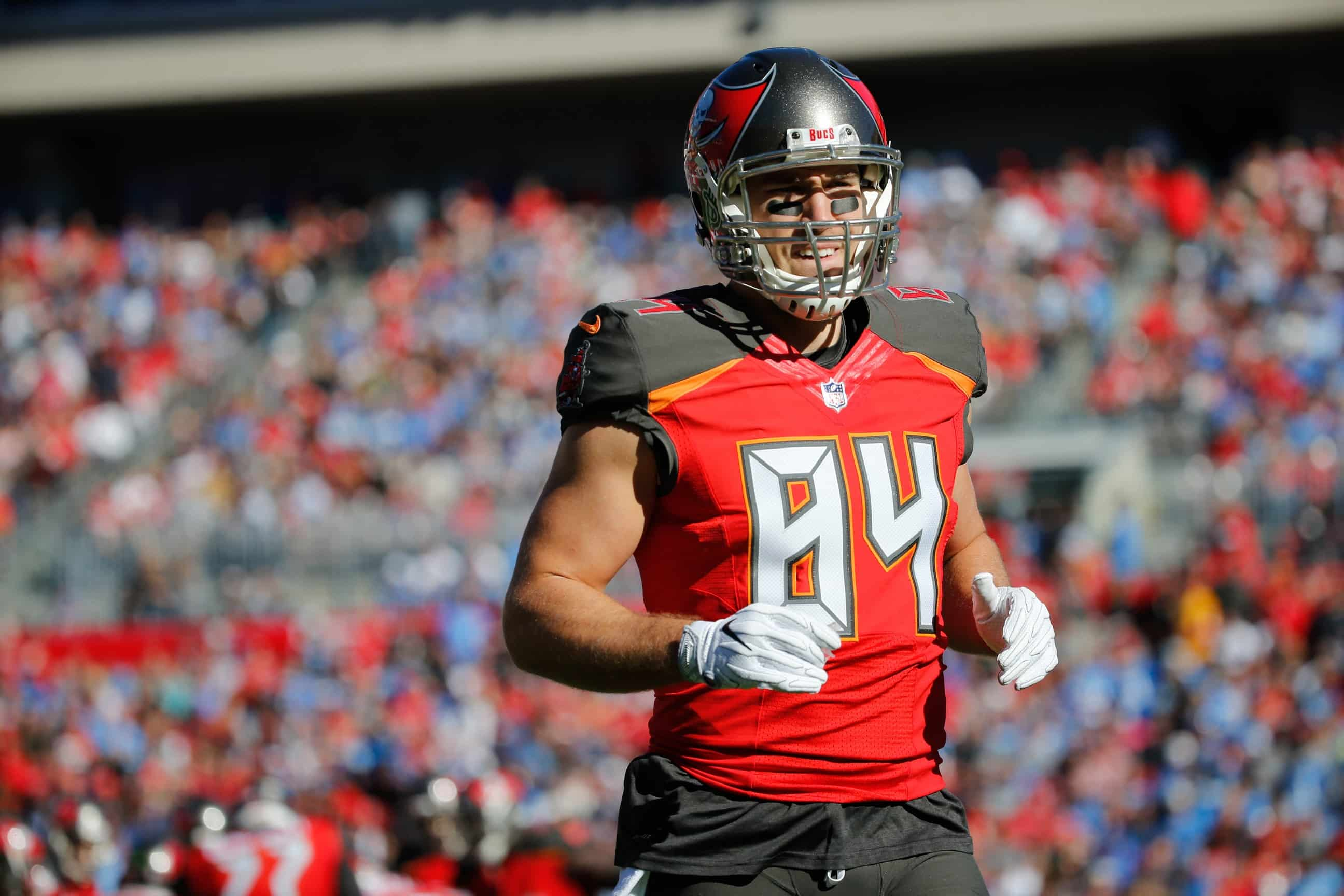 Report  Bucs sign TE Cameron Brate to six-year deal worth  41 million 8439dab98