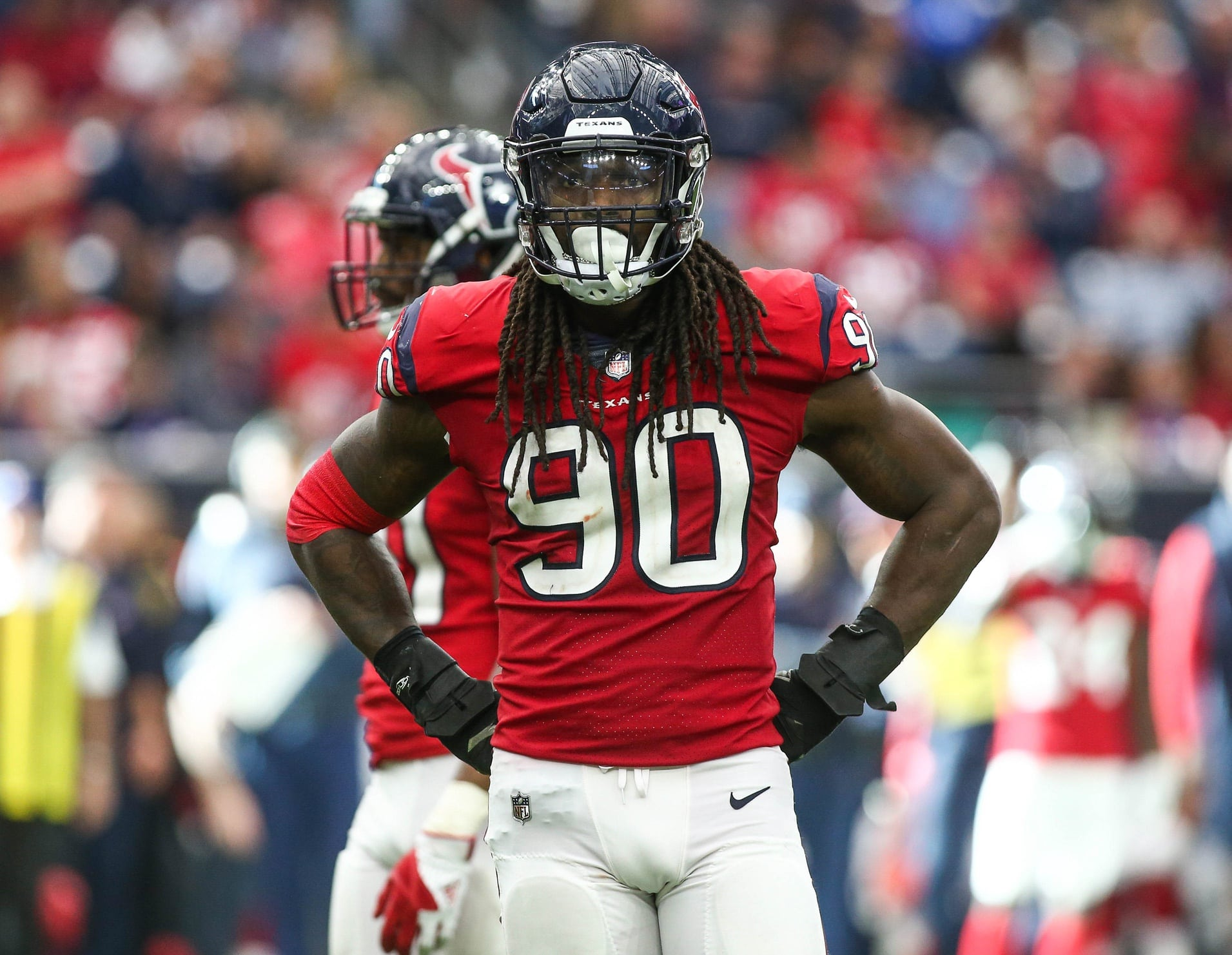 4a2ce0c8 Report: Dolphins will not be trading for Jadeveon Clowney