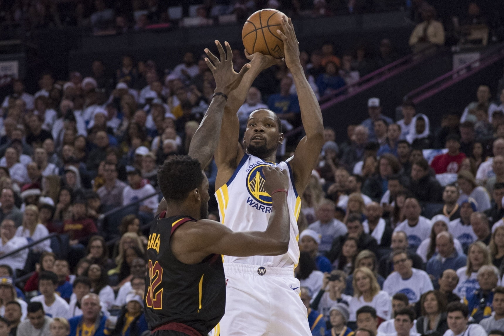 06f8b34af99 Twitter reacts to Kevin Durant burying the Cavaliers in Game 3