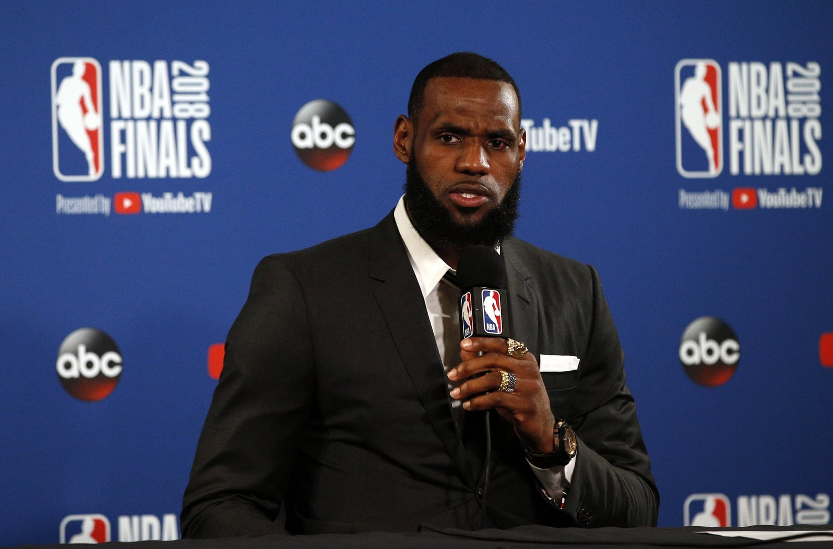 3b5a907c037 Former Cavs GM gives his take on LeBron James joining the Lakers