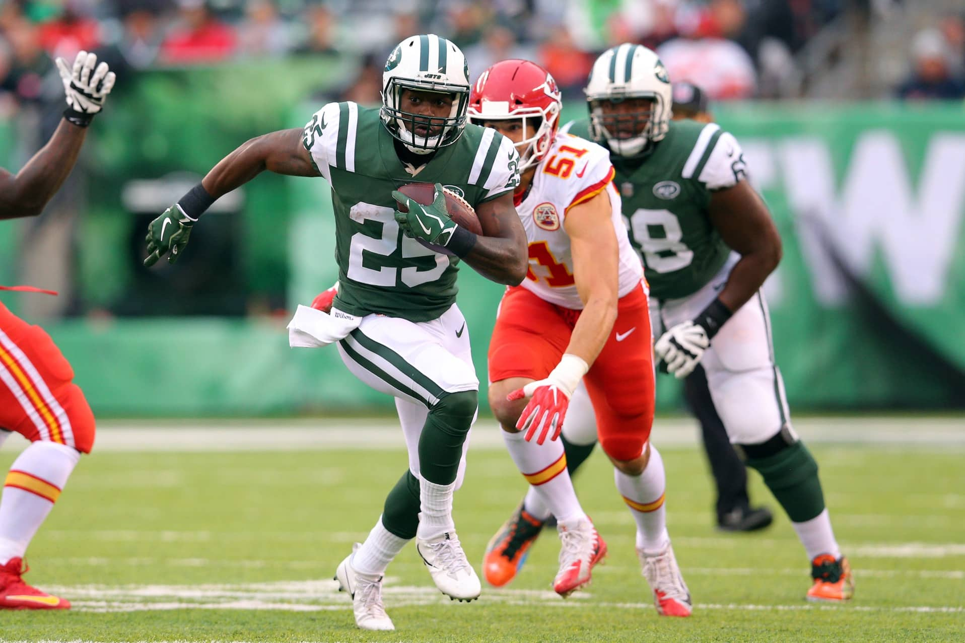 8e6f09dbe49 Jets bring in Pro Bowler Alfred Morris for visit after Elijah McGuire  suffers serious injury