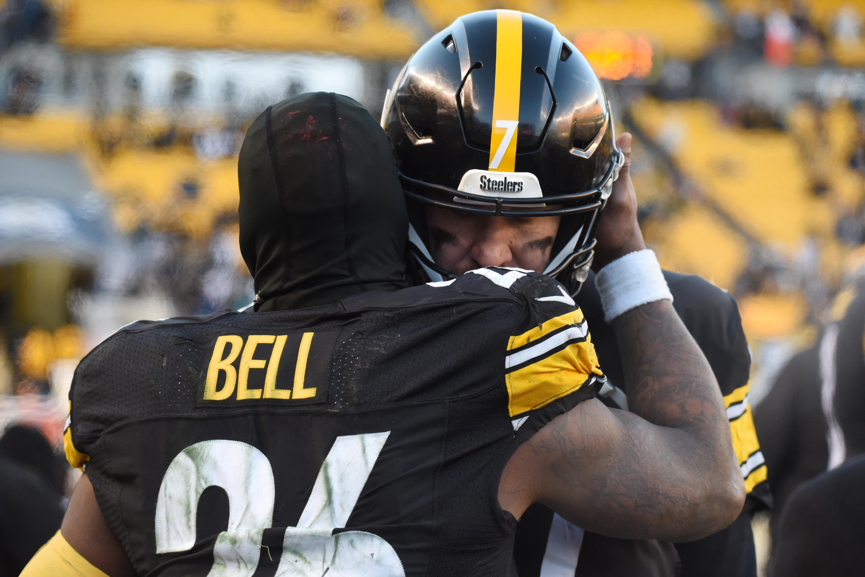 314b056f1 This graphic shows just how much the Steelers miss Le Veon Bell