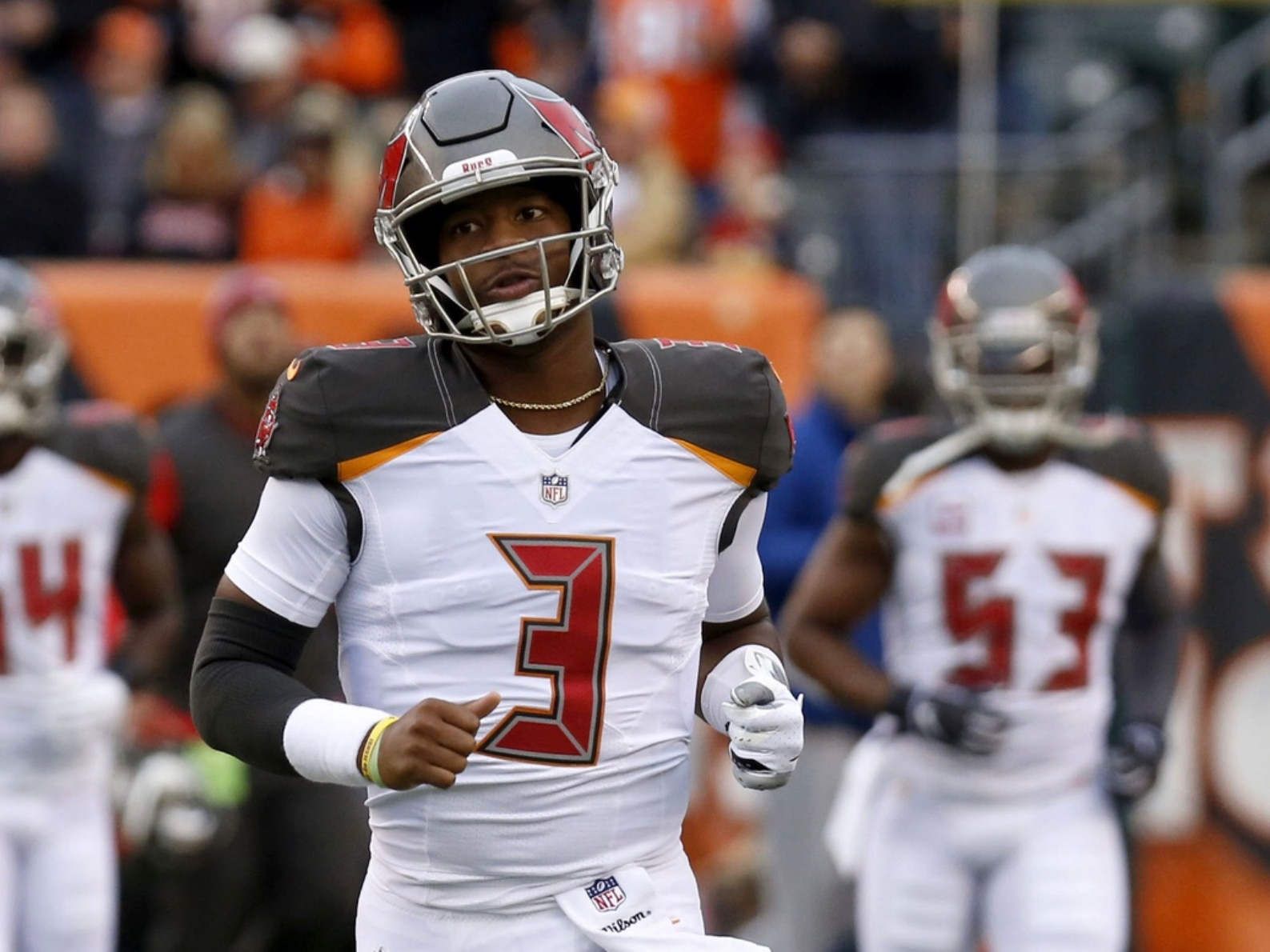 Twitter reacts to Jameis Winston getting benched for Ryan Fitzpatrick 26688af80