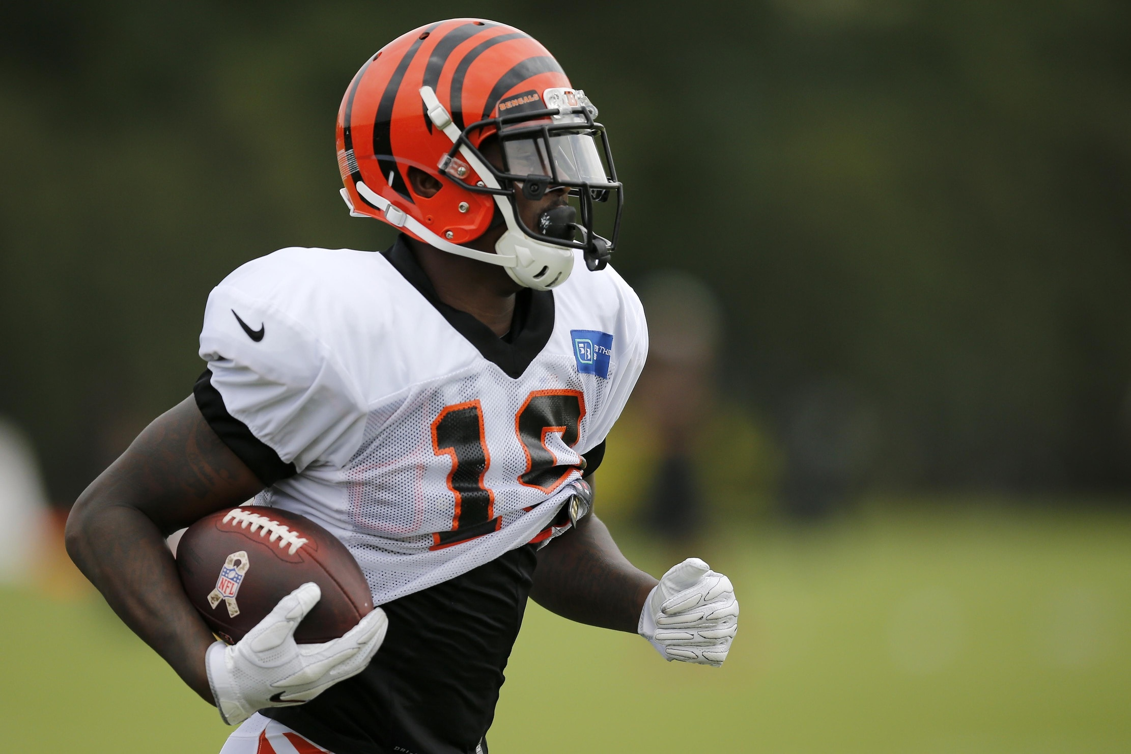 info for 4a3a9 819a4 Bengals looking to extend Pro Bowl WR A.J. Green