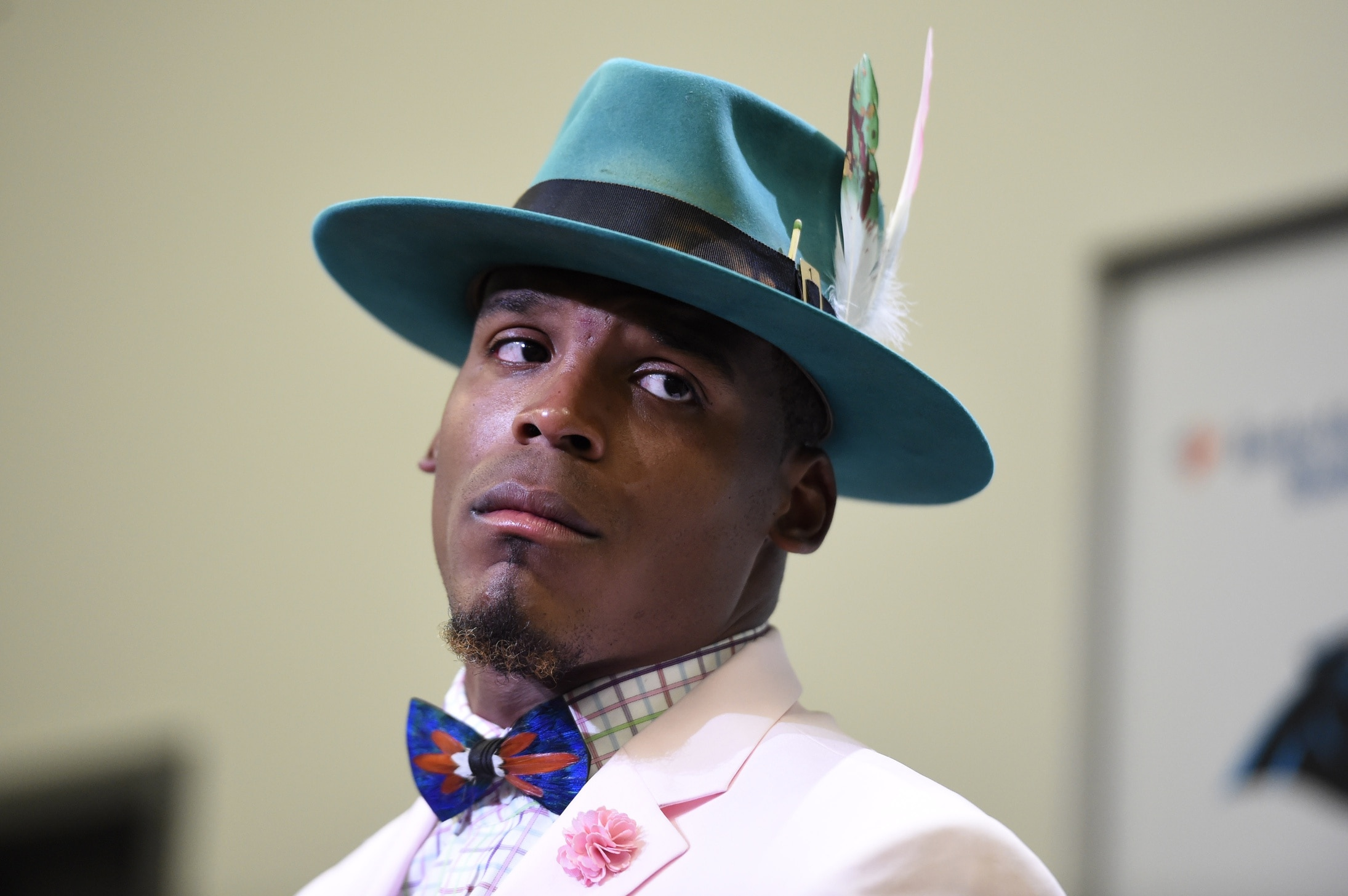 100% authentic 4d1f3 3ad9f Panthers teammate has hilarious take on Cam Newton's fashion ...