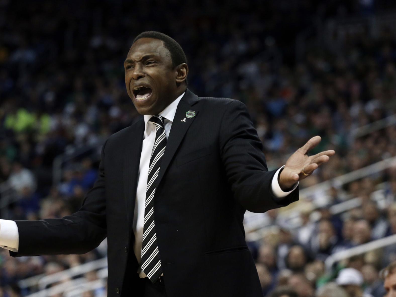 Avery Johnson officially out as Alabama Basketball head coach