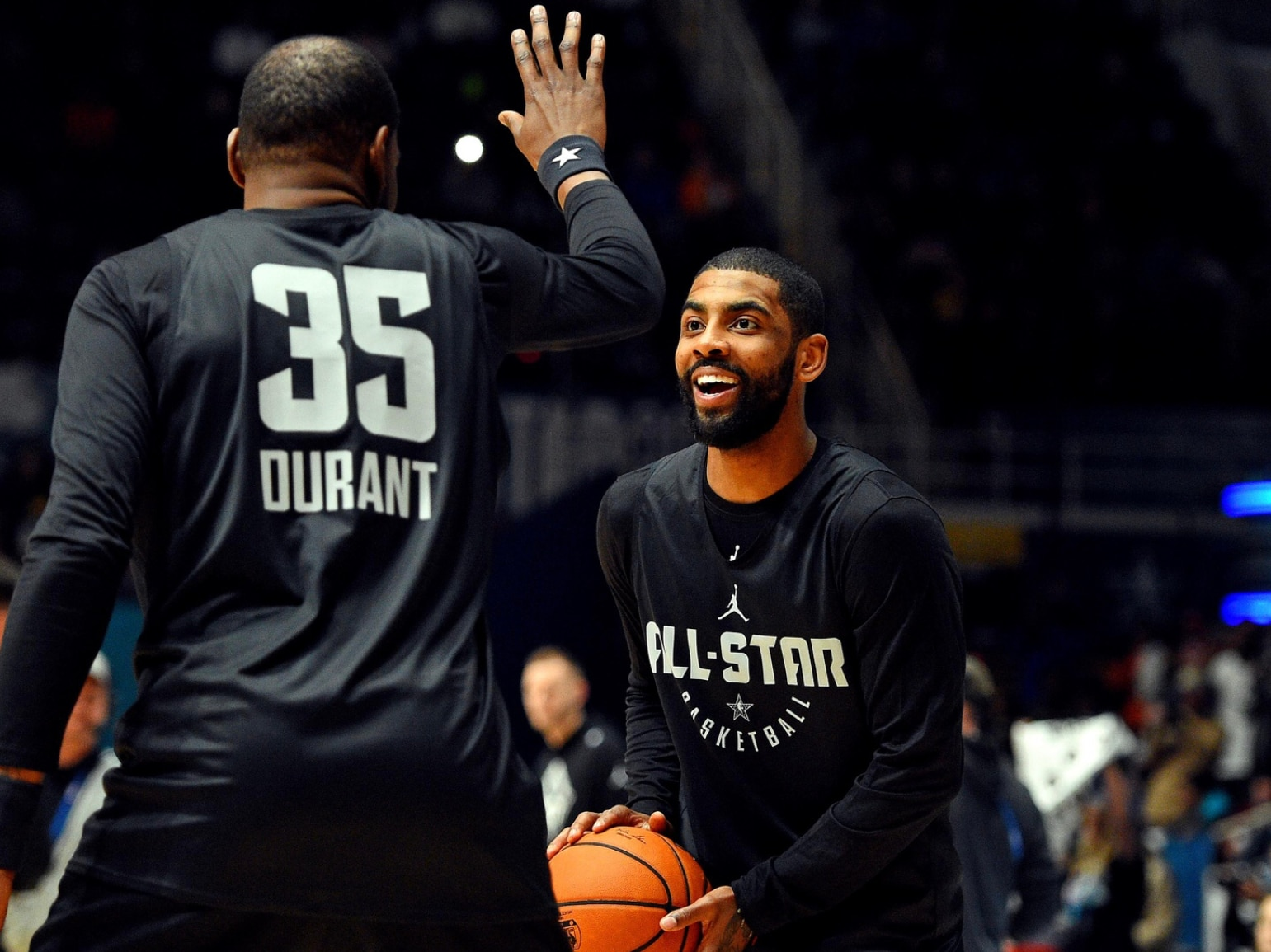 Kyrie Irving attacks media over questions about Kevin ...Kyrie Irving Cleansing