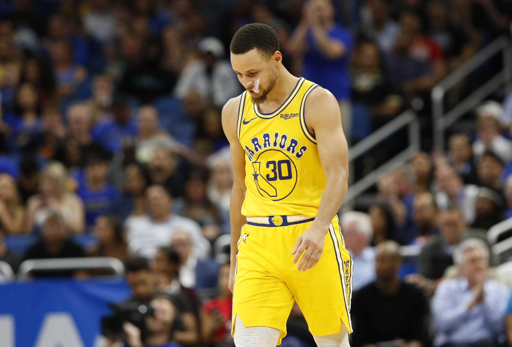 72c39568 WATCH: Stephen Curry's remarkable postseason free throw streak finally ends