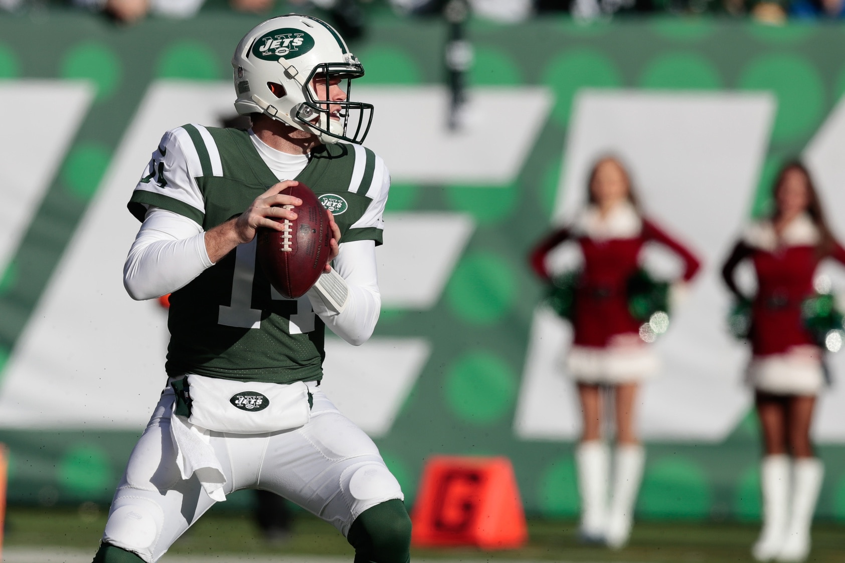 Sam Darnold Could Be Out 'Several Weeks' With Mononucleosis