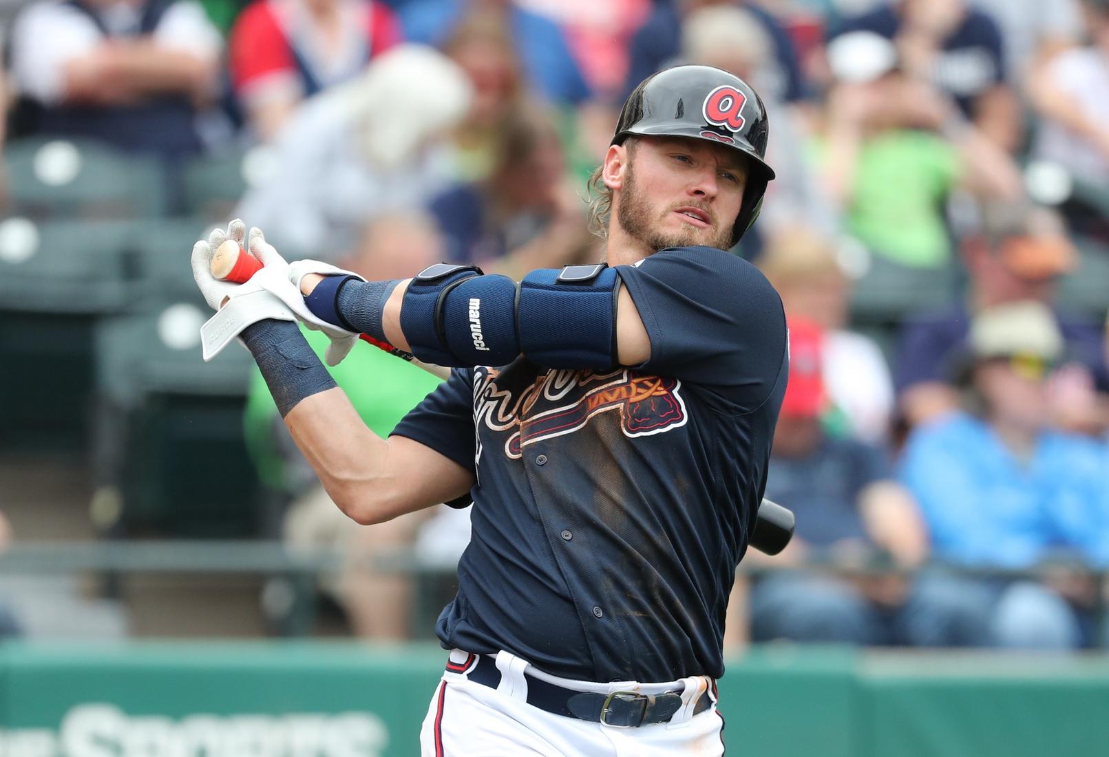Josh Donaldson >> Watch Braves Josh Donaldson Makes Potential Play Of The Year